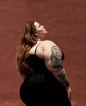 Tess Holliday shoot (side)