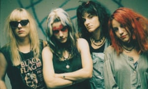 Feminist grunge band L7