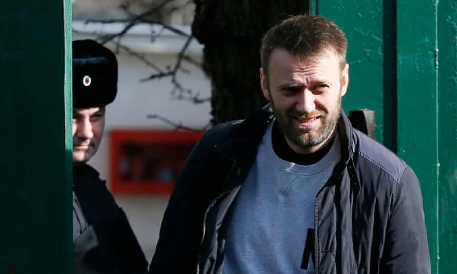 Alexei Navalny walks out of a Moscow detention centre on 6 March, 2015.