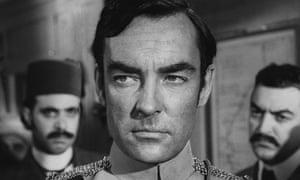 Richard Johnson in the film Khartoum, 1966.