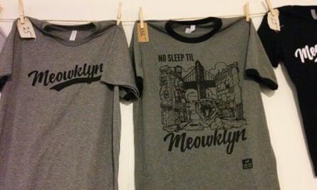 CatCon attire: the cat T-shirt