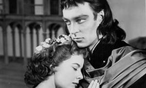 Richard Johnson and Dorothy Tutin in Romeo and Juliet, 1958.
