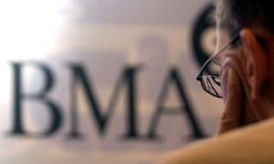 Doctors' union awards secret pay hikes to senior members | Society