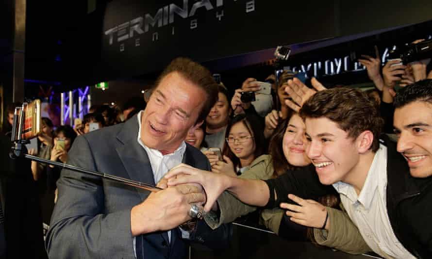 Schwarzenegger with Australian fans.