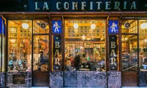 The 'beautiful, classic, gold shimmering bar', La Confiteria.