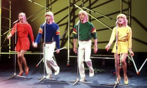 Bucks Fizz perform Making Your Mind Up at the 1981 Eurovision song contest.