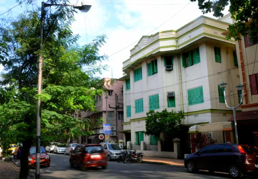 House on a lane off Sarat Bose Road.