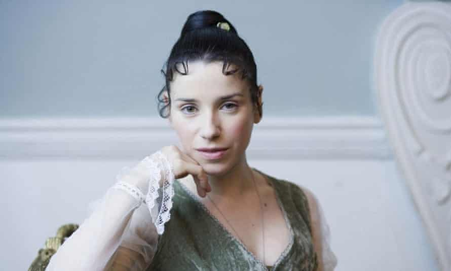 Sally Hawkins as Anne Elliot in Persuasion.