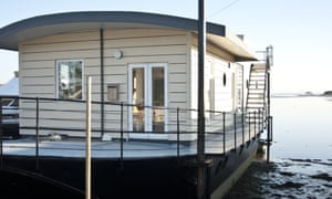 Harbour Houseboat, Isle of Wight