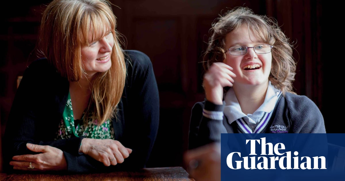 Aspergers Student Leads Female Autism >> Autism Is Seen As A Male Thing But Girls Just Implode Emotionally