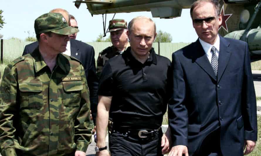 Nikolai Patrushev, right, with Vladimir Putin and Sergei Ivanov in Dagestan in 2005.
