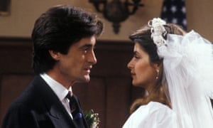 Roger Rees and Kirstie Alley in Cheers, 1982.