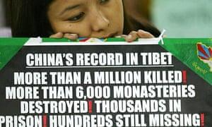 A 2004 protest in New Delhi calling for Tenzin Delek Rinpoche's release.