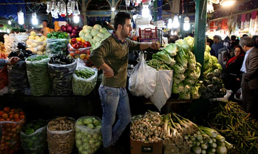 Iranian fruit vendor, market stall, Tehran