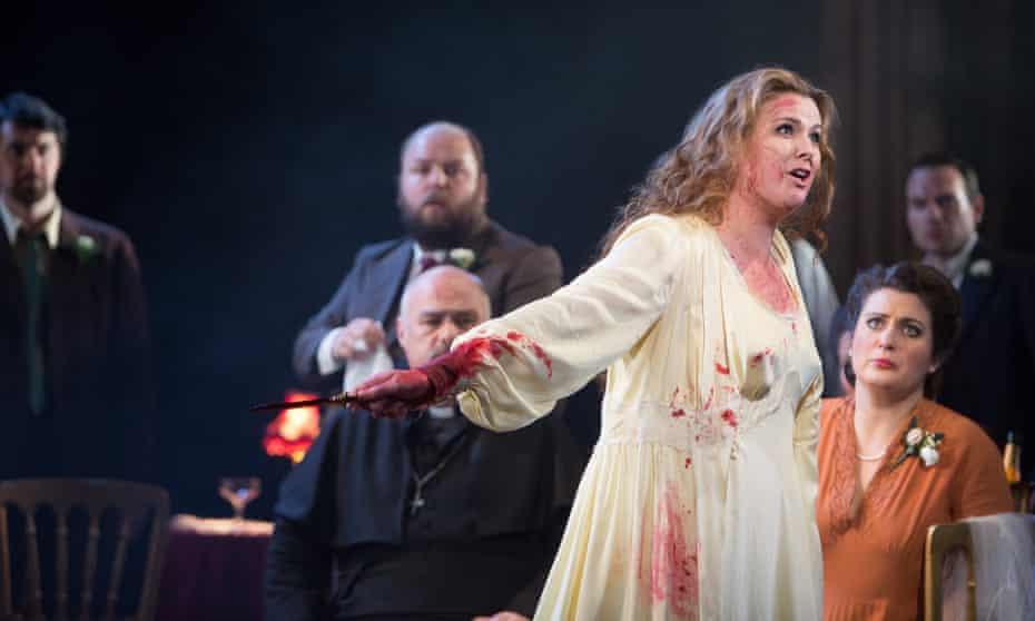 Elin Pritchard stars in Lucia di Lammermoor at Buxton festival.