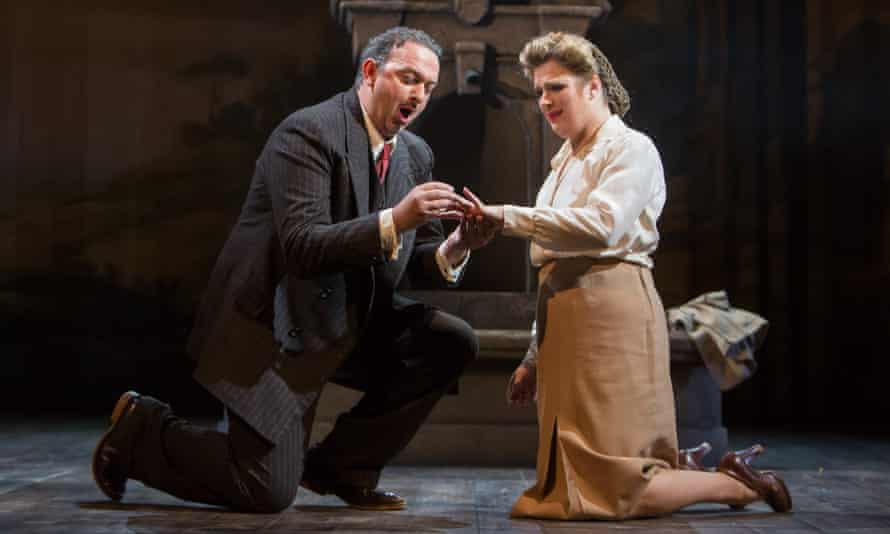 Stephen Gadd and Elin Pritchard in Buxton festival's Lucia di Lammermoor.