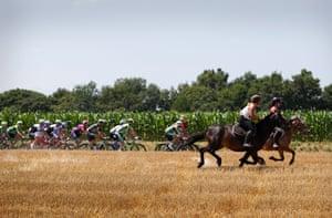 Horsepower, on the way to La Pierre-Saint-Martin.