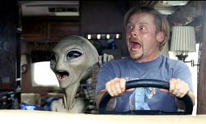 Simon Pegg with an alien in Paul (2011).