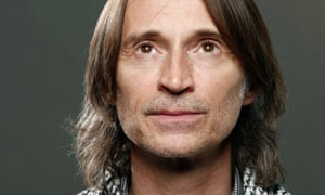 'I've always loved comedy but I keep getting offered psychos' … Robert Carlyle.