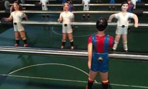 Even in the table football, Barcelona line up in a rigid 4-3-3.