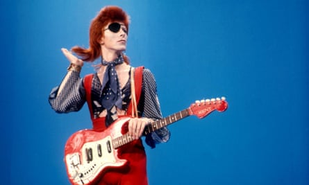 David Bowie at Hilversum TV studios for 'Top Pop'.