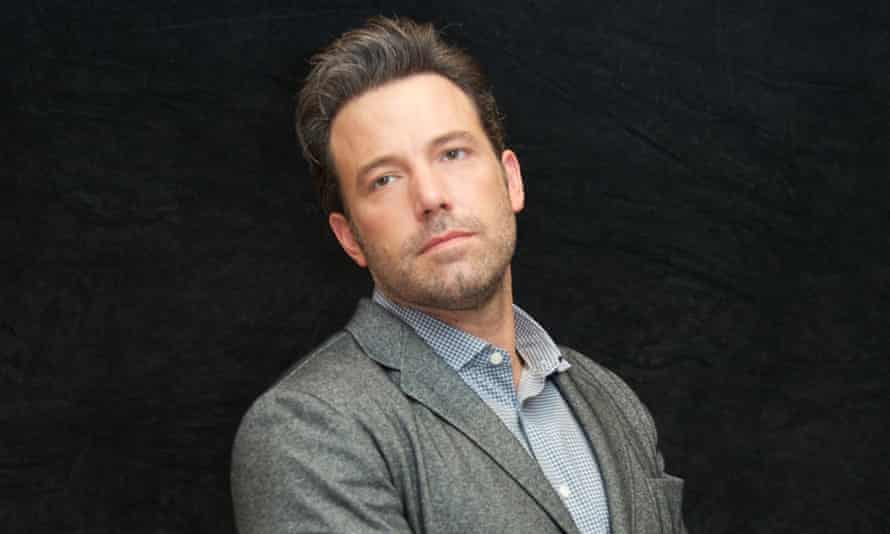 To Ben or not to Ben ... Affleck has compared his upcoming portrayal of Batman to Hamlet.