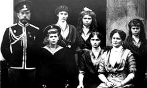 Russia's last tsar, Nicholas II (L), and his wife Tsarina Alexander Fyodorovna (2ndR) and children Prince Alexei and Princesses Olga, Tatyana, Maria and Anastasia, 1915.
