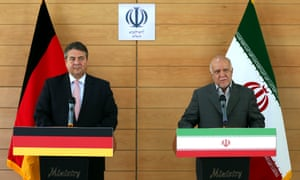 German vice-chancellor Sigmar Gabriel (left) and Iranian oil minister Bijan Zanganeh hold a press conference in Tehran.