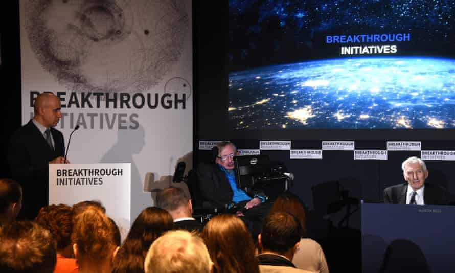 The Breakthrough launch at the Royal Society with (left to right) Yuri Milner, Stephen Hawking and Lord Martin Rees.