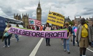 Disabled protestors take over Westminster Bridge on Budget Day