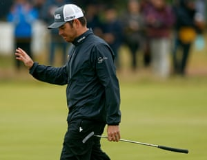 Louis Oosthuizen with another birdie putt, just one off the lead now.