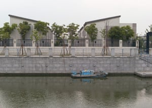 Pujiang New Town is built in an Italian style, said to be modelled on Venice