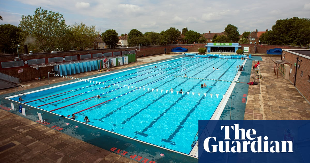 An outdoor swimming tour of london top 10 lidos and - Outdoor swimming pools north west ...