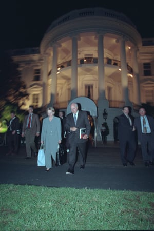 Dick and Lynne Cheney evacuate the White House.