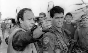 Tom Cruise with director Tony Scott on the set of Top Gun in 1986.