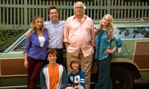 Perment vacation (l-r): Christina Applegate, Ed Helms, Chevy Chase, Beverly D'Angelo, and Skyler Gisondo, kneeling left, and Steele Stebbins.