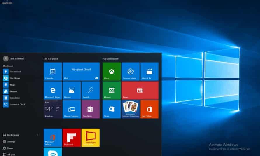 The Windows 10 desktop.