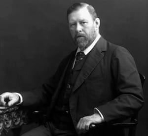 Bram Stoker, photographed between 1880-1900.