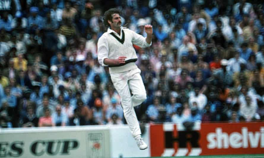 Dennis Lillee has always been keen to point out that England started the bouncer war of 1974–75.