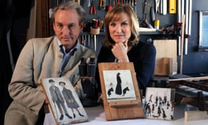 Fiona Bruce and painting hunter Philip Mould in Fake or Fortune?