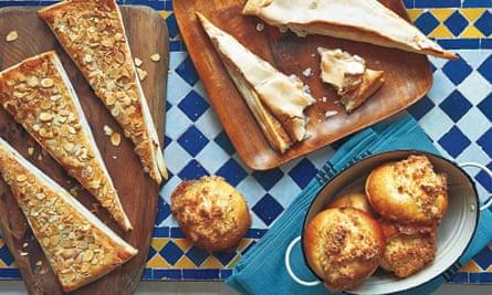 Portuguese pastries, Jesuítas, Pão de Deus