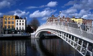 The Ha penny Bridge on the River Liffey, Dublin