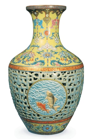 The Ming vase that was found in Pinner and sold for £53millon.