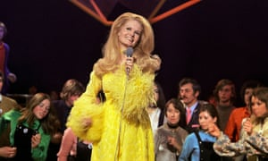 Lynn Anderson, whose Rose Garden was a  hit around the world.