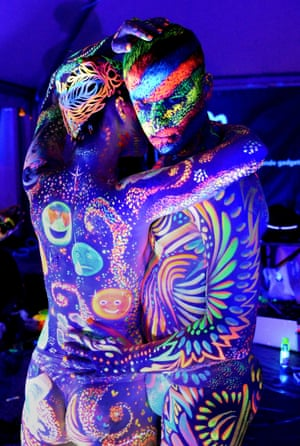 Spaceman: Models decorated with constellations and abstract swirls in the World UV award competition.
