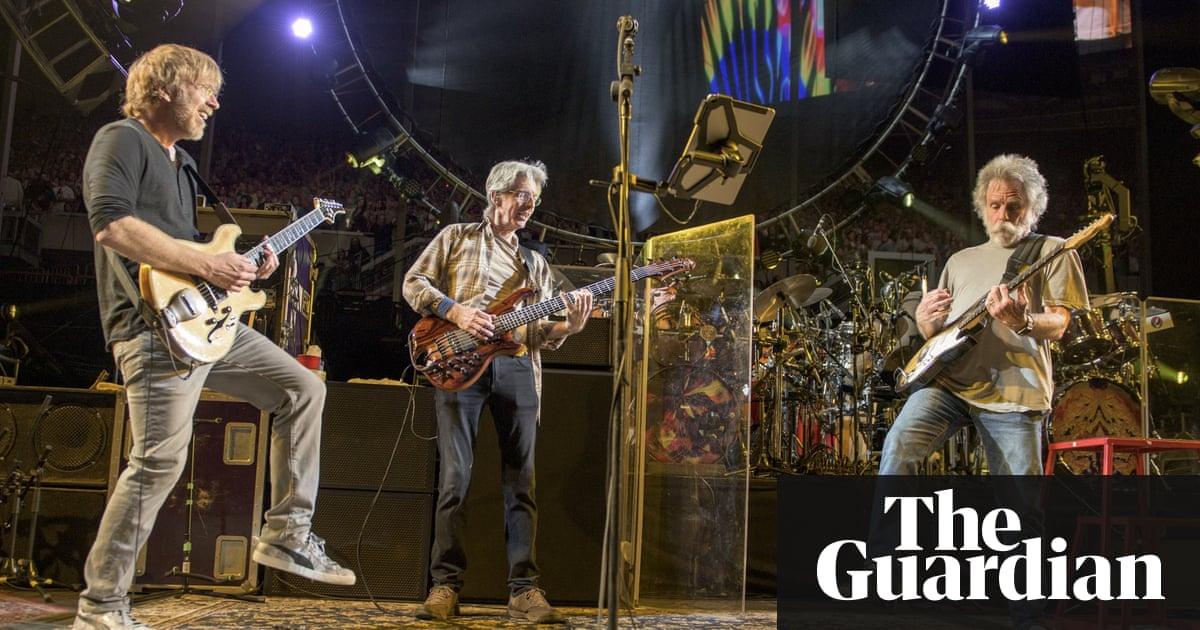 Lyric fire on the mountain grateful dead lyrics : Grateful Dead: final concerts unite fans and band as legends fade ...