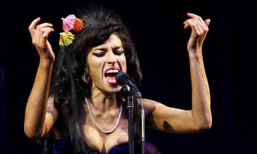 Amy Winehouse at Glastonbury, 2008.