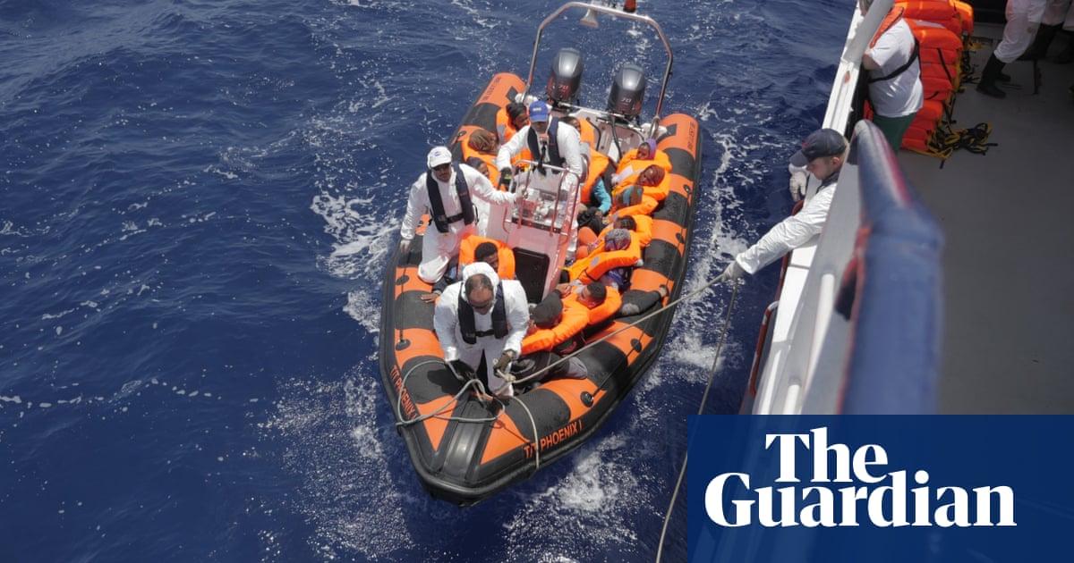 The millionaire who rescues migrants at sea  ed262e584fd