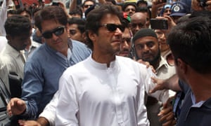 Imran Khan visits Jinnah Hospital to inquire about the health of heatwaves stroke patients on June 25, 2015 in Karachi, Pakistan