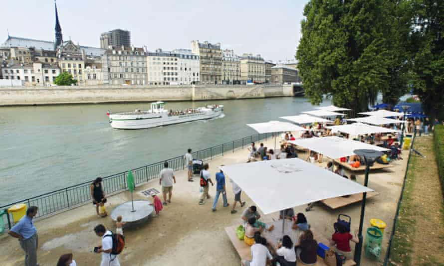 On the prom … people relaxing at Les Berges playground by the Seine